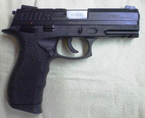 Taurus PT-809 Tactical 9x21 texton